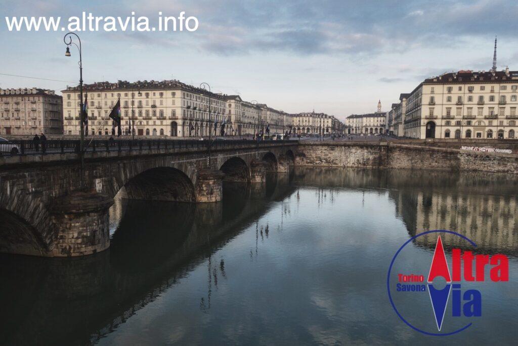 1004x Piazza Vittorio
