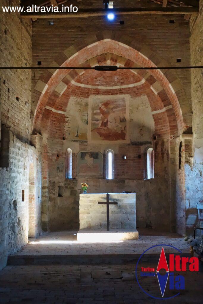 2057 San Giorgio Bagnasco interno 2
