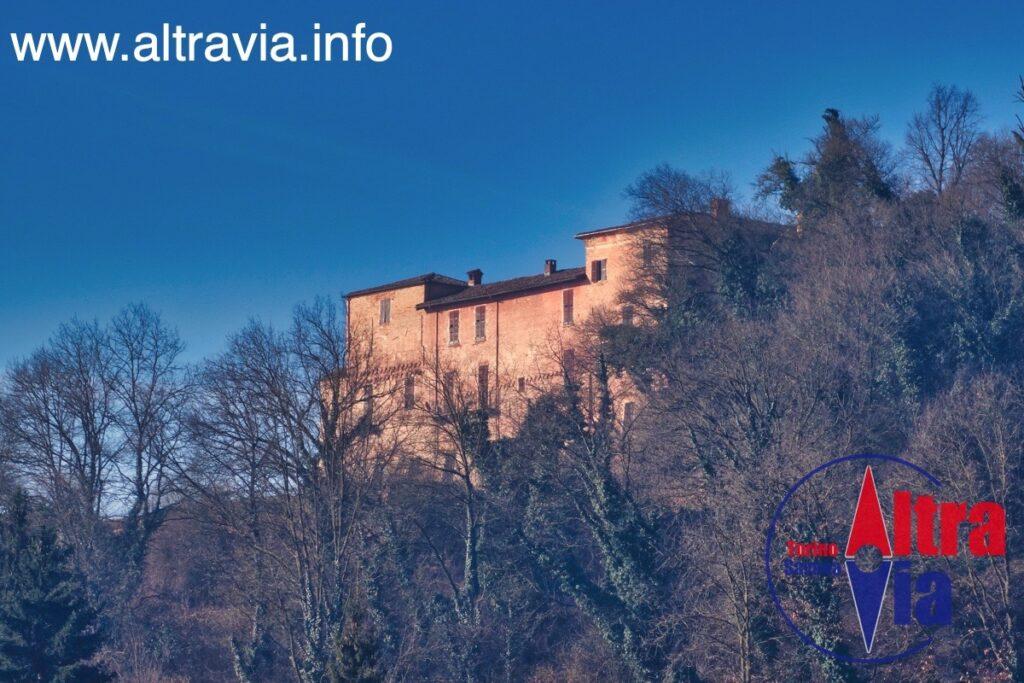 3025 Monale castello