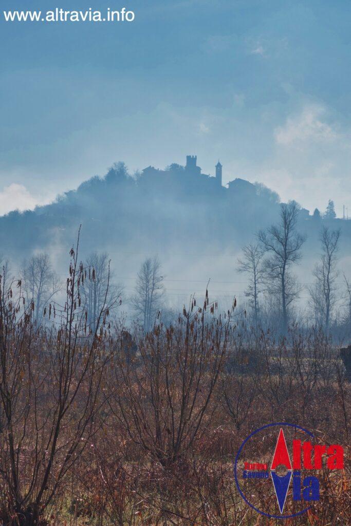 3033 Castellero nebbia