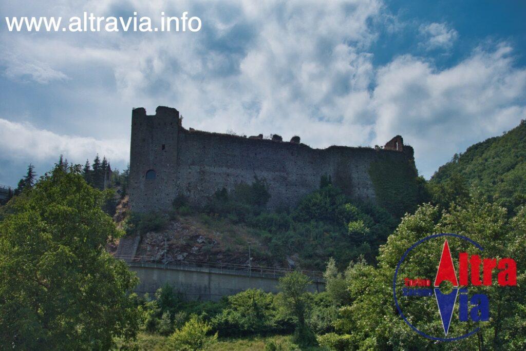 7082 Castello di Roccavignale